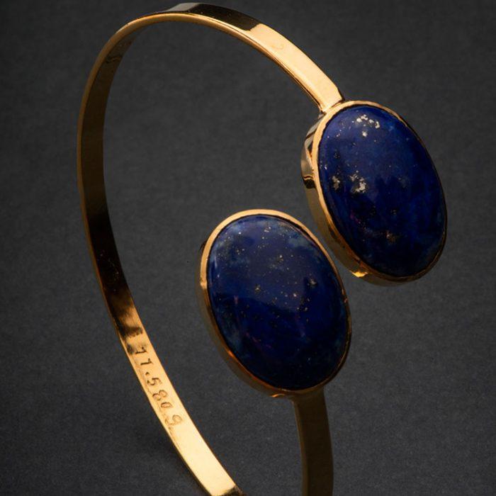 دستبند کد B623